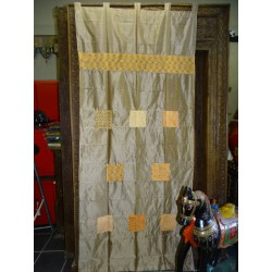 Taffeta curtains with beige patchwork
