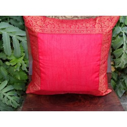 cushion cover 40x40 Red border brocade