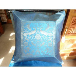 Cushion 40x40cm  turquoise brocade edge 1 elephants