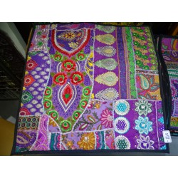 Gujarat cushion cover in 60x60 cm - 204