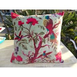 Cushion covers 40x40 cm in green velvet water with bird of paradise