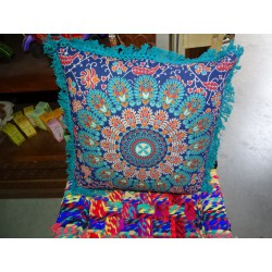 Cushion covers 40x40 cm in green color and blue fringes