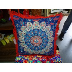 Cushion covers 40x40 cm in blue color and red fringes