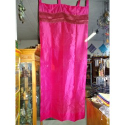 Taffeta curtains with fuchsia-colored brocade edges in 250 x 110 cm