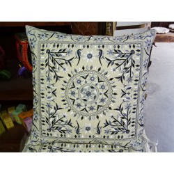 Blue embroidered cotton covers 40x40 cm with mirror
