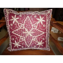 Cover 40X40 dark burgundy flower